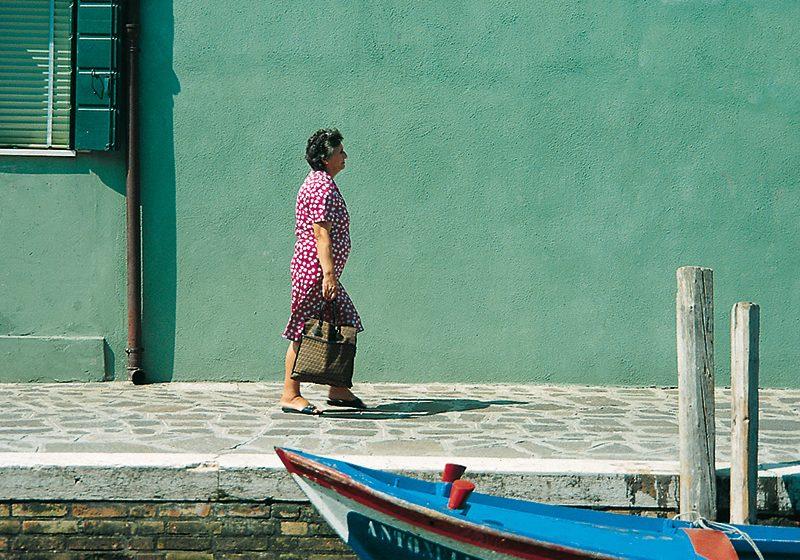 Friedrich Schmuck Über Farben – auf Burano, der früher farbigen, heute barbarisch bunten Insel in der Lagune von Venedig