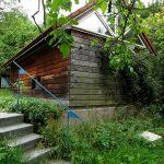 Wohnhaus und Holzlege Farbgestaltung Innenansicht