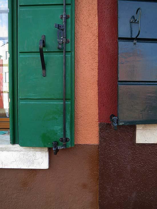 Fassadengestaltung auf Burano - Erdfarben