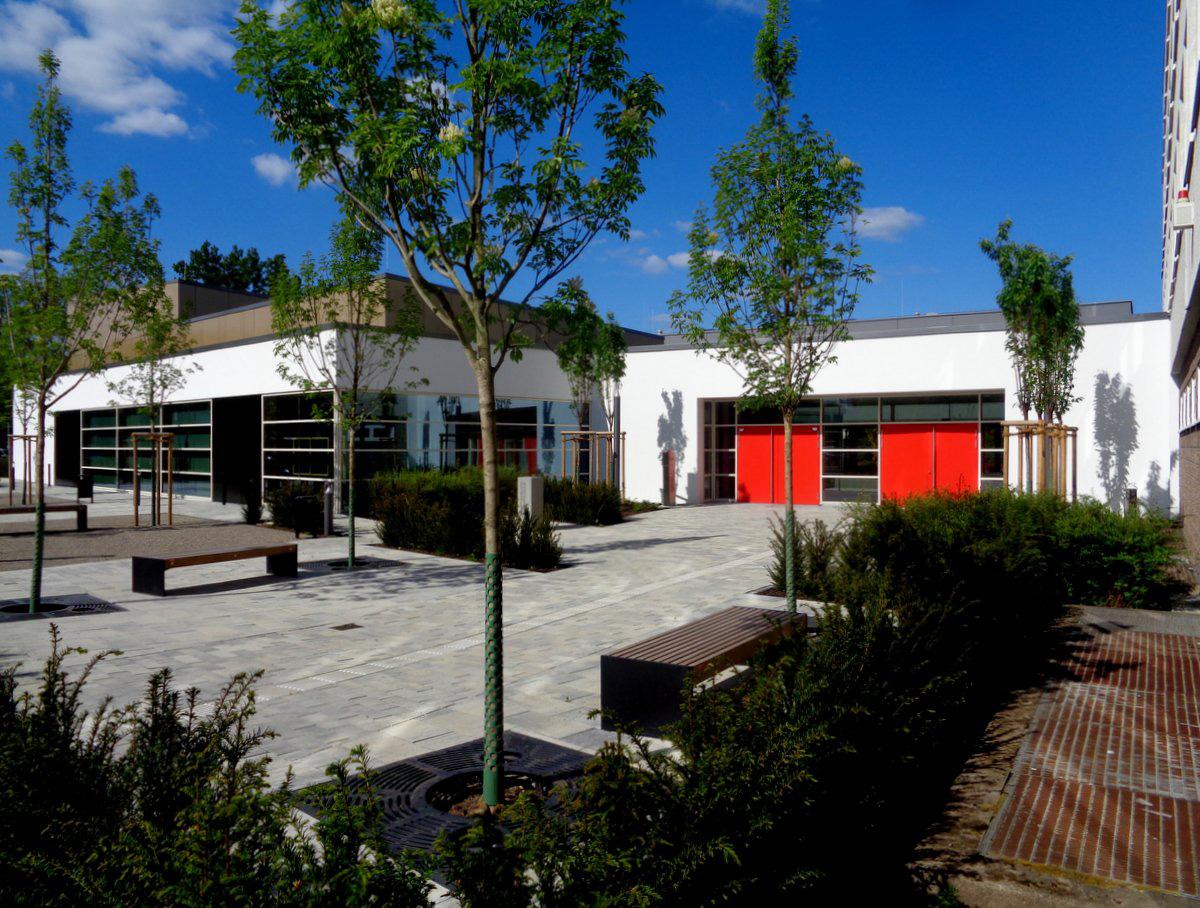 Ernst-Barlach-Gymnasium Dinslaken Farbgestaltung